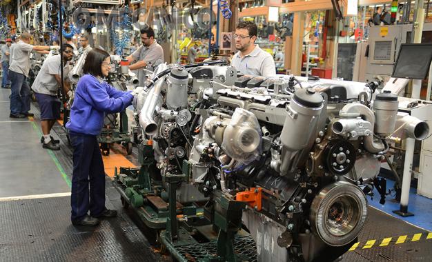 Mercedes-Benz exportará motores produzidos no Brasil para a Alemanha