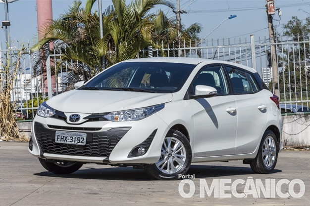 Raio X – Toyota Yaris 1.3 CVT