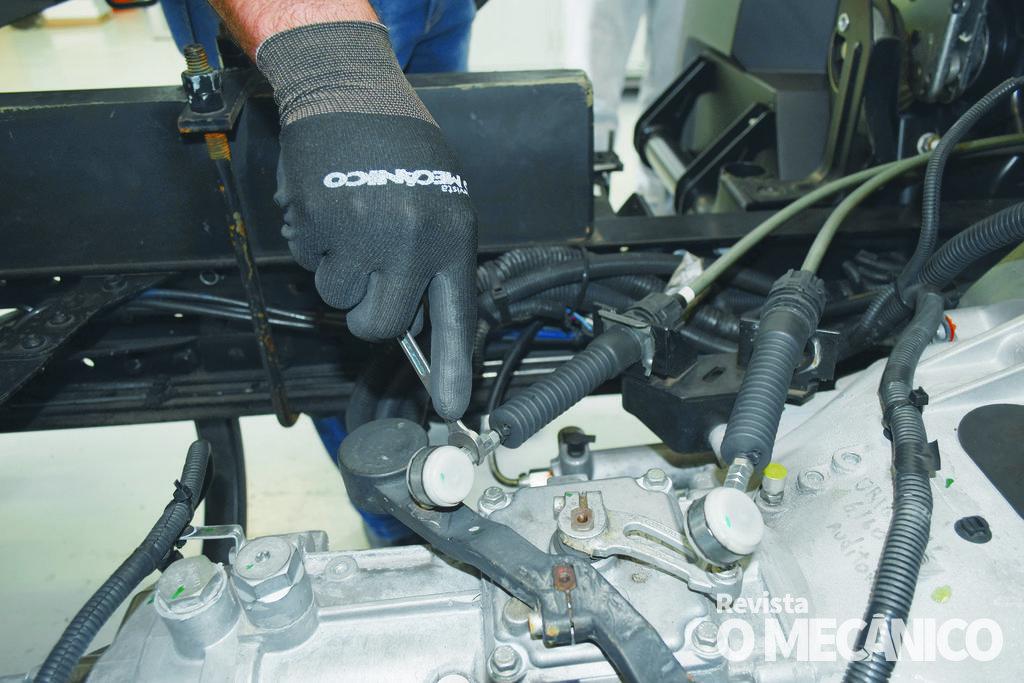 Transmissão: Cabos de Transmissão no Volkswagen Delivery 6.160