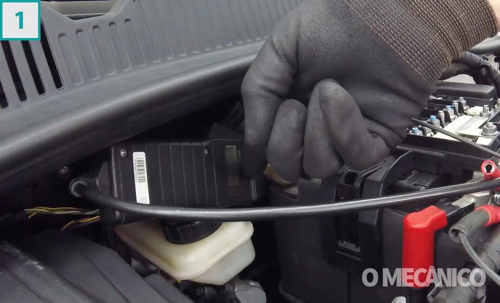 desequilíbrio elétrico no sistema de carga e partida do veículo com Volkswagen up! TSI